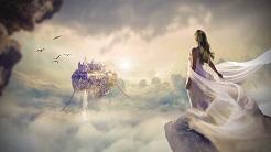 Frau Lucides traeumen ueber den wolken blickt auf maerchenschloss.jpg