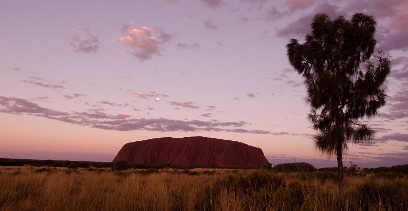 Uluru Sonnenaufgang - Australien