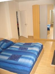 Ausschnitt des Zimmers 'Grinder' mit Doppelbett